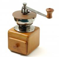 фотография Hario Small Coffee Grinder